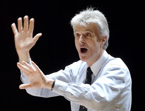 Simon Carrington Simon Carrington Choral Conductor Short Biography