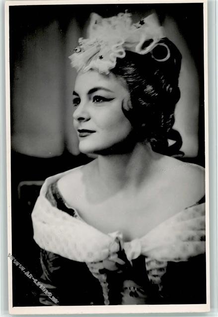 Celestina Casapietra (Soprano) - Short Biography