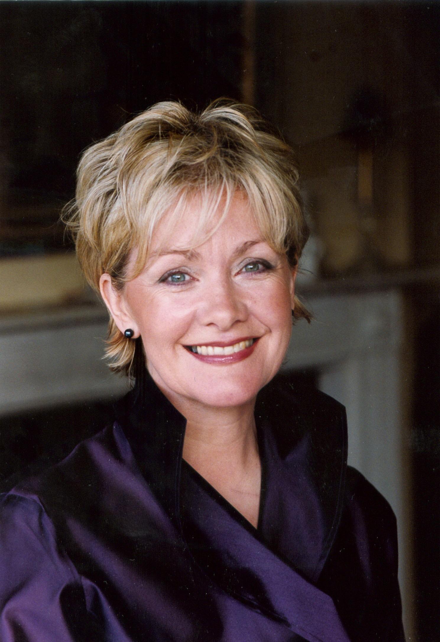 Lynne Dawson Net Worth