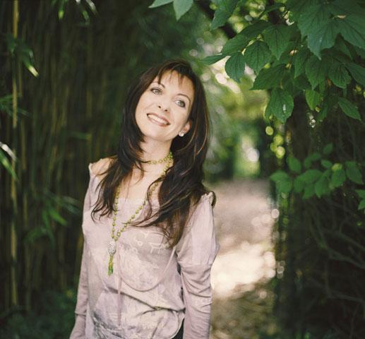natalie dessay bio Listen to free music from natalie dessay, and explore more information about natalie dessay french coloratura soprano natalie dessay emerged on the.