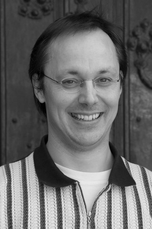 Wolfgang Lange (Conductor) - Short Biography