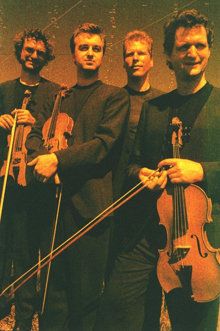 Modern String Quartet (String Quartet) - Short History [More