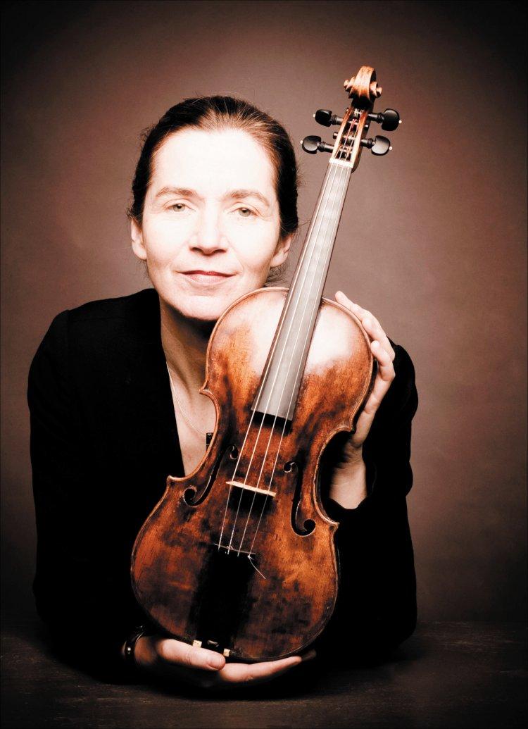V Is For Violin Petra Mullejans (Baroq...